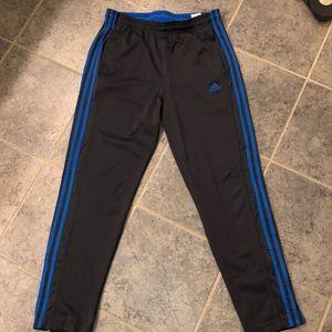 Men's Large Adidas Athletic Sweatpants. Tapered.